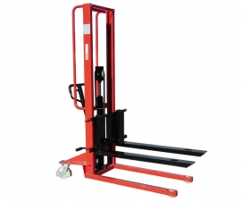 Pallet Stackers and Pallet Lifters