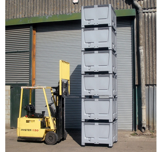 Pallet Boxes in Strong Plastic Stacked 6 High
