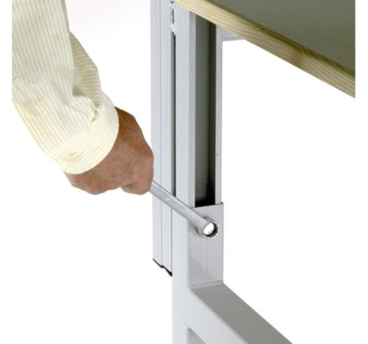 Adjustable Workbench Bolt Fixing