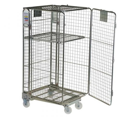 Nestable roll cages with gate